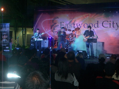 Onstage: Buddy, Jet, JB, Kenneth